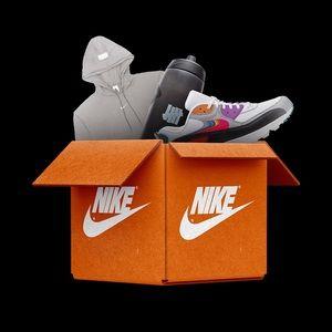 NIKE MYSTERY BOX!!